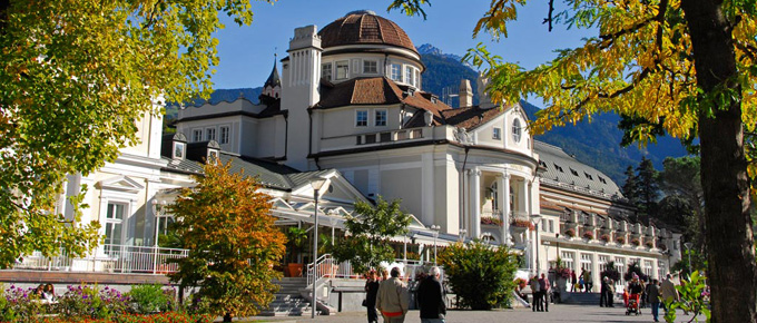 Il Kurhaus in autunno