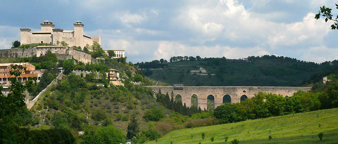Spoleto con il Ponte delle Torri