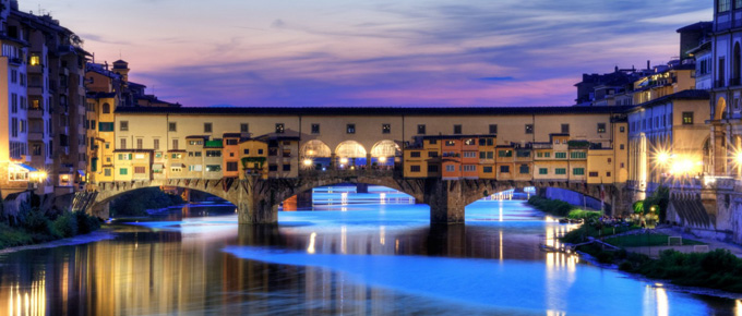 Ponte Vecchio al tramonto