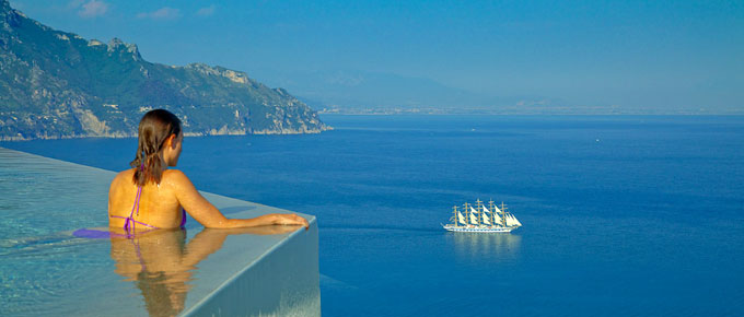 La piscina panoramica del Monastero Santa Rosa Hotel &amp; Spa